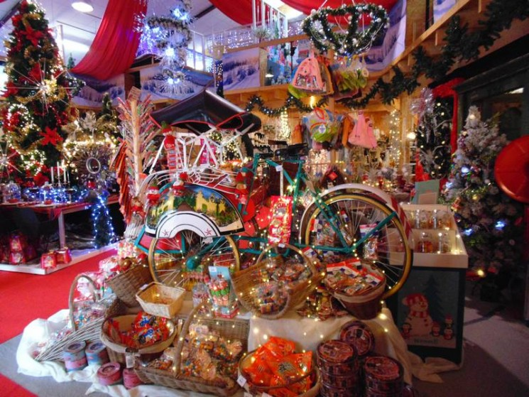 Pere Noel Decoration