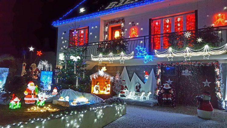 Maison illuminée à Locmalo