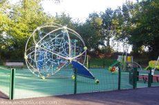 aire-de-jeux-pour-enfants-le-guerno