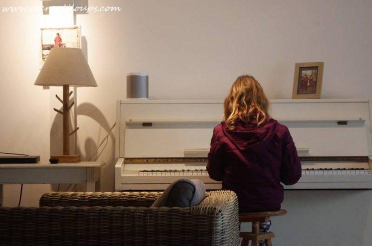 Pause musicale dans le salon