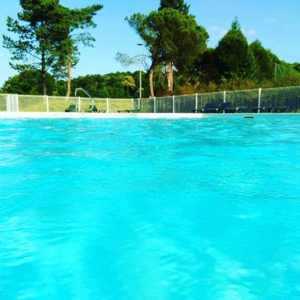 et sa piscine