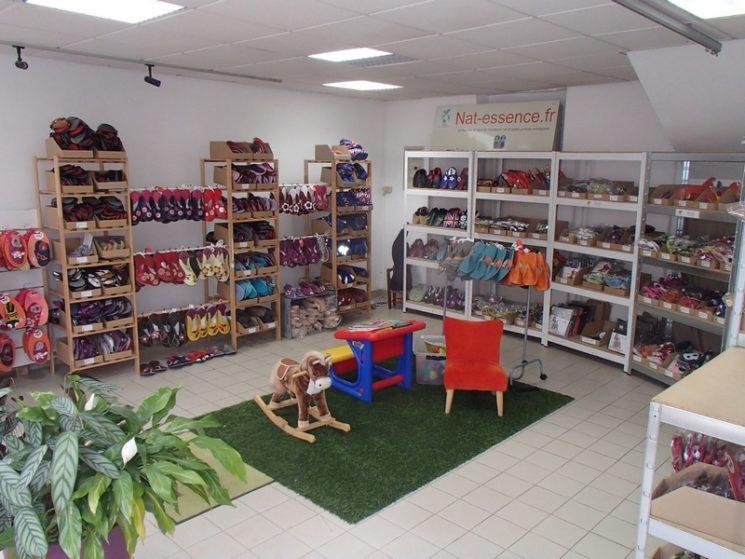 Boutique à Pluméliau, chaussons bébés, enfants et adultes