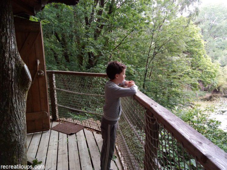 Vue depuis la cabane sur les étangs en contrebas