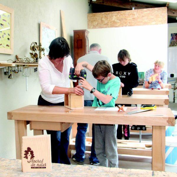 Des ateliers autour du bois